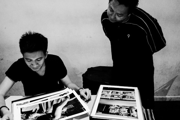 Viewing prints by Kevin WY Lee & Che' Ahmad Azhar