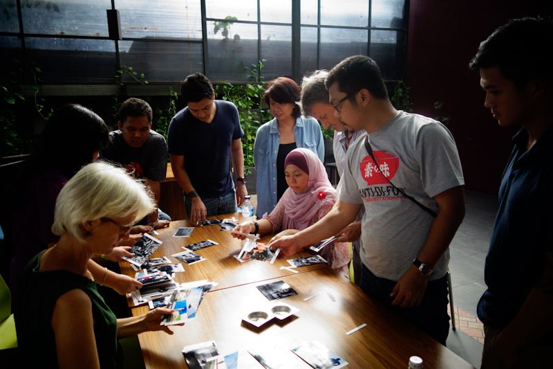 Editing session at the IPA Street Photography Workshop Jakarta.