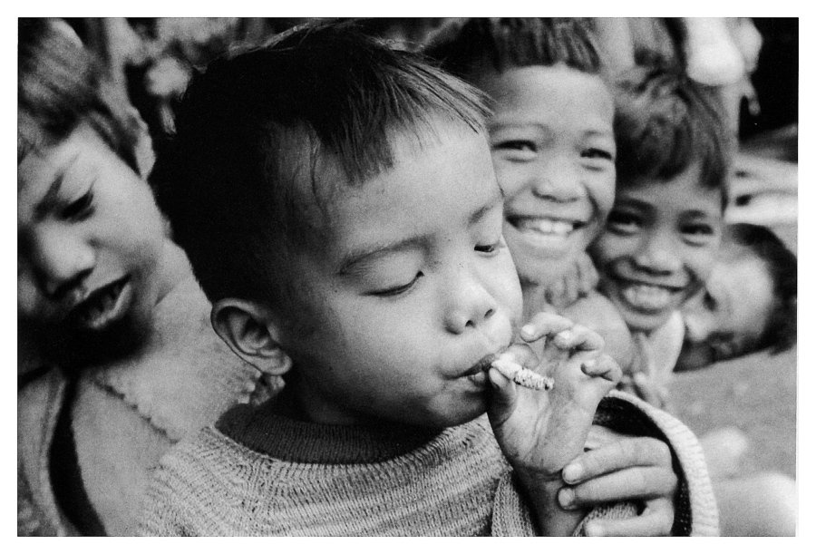 Kalinga Children. Bugnay, Mountain Provinces, Northern Luzon. 1978. © Lenny Limjoco