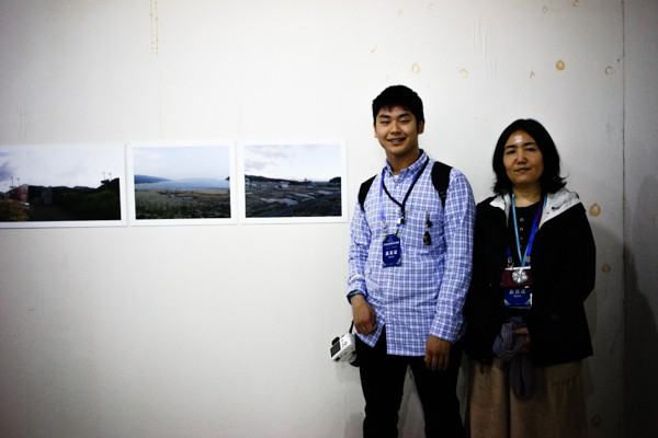 Yumi Goto and young Shota at the Kids Photo Journal Exhibition.